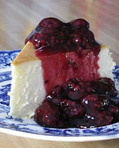 Recipe for New York Cheesecake with Blackberry Topping - This is the single best cheesecake I have ever had, and has become the favorite of family and friends who've had the good fortune to be served this slice of heavenly goodness.