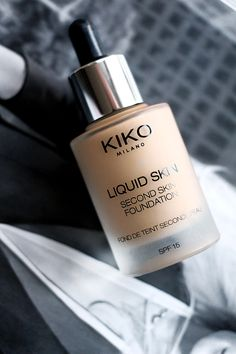 KIKO Cosmetics Liquid Skin Second Skin Foundation - Zoe Newlove Foundation Brands, No Foundation Makeup, Foundation Cosmetics, Makeup Kiko, Eye Makeup Tips, Makeup Cosmetics, Glowy Makeup, Makeup Products, Beauty Products