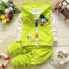 Cartoon Ducks Vest + T-Shirt + Pants 3 Pcs Set Pantalones Cortos 9fcfeefade5