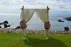 #Chuppahs #BlissMauiWed #Wedding #IDo #Flowers #WeddingVenue