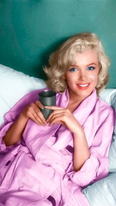 {Colorized Photo} Marilyn by Milton Greene;1953