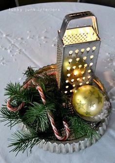 Comfy Christmas Kitchen Decor – Home Design Christmas On A Budget, Christmas Kitchen, Elegant Christmas, Christmas Themes, Christmas Decorations, Holiday Decor, Holiday Centerpieces, Christmas Tablescapes, Christmas Candles