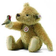 ٠•●●♥♥❤ஜ۩۞۩ஜஜ۩۞۩ஜ❤♥♥●   Steiff Teddy with bird....  ٠•●●♥♥❤ஜ۩۞۩ஜஜ۩۞۩ஜ❤♥♥●
