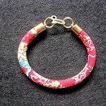 Bracelet Japanese Chirimen vintage friendship Kimono fabric - by celtsmith on madeit