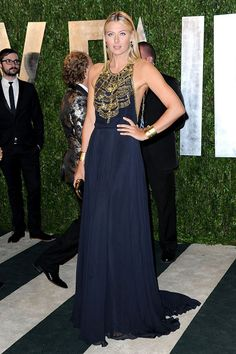 Maria Sharapova in Amanda Wakely | Vanity Fair Oscars Party 2013