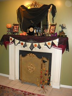 Victorian Wanna Be: Decorating for Halloween!