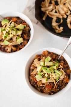 Butternut squash vegetarian chili from cookieandkate.com