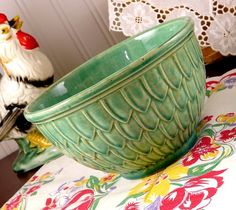 Vintage McCoy love :) Have several pieces this color that were my mom's and grandma's.  Wish I had this one!