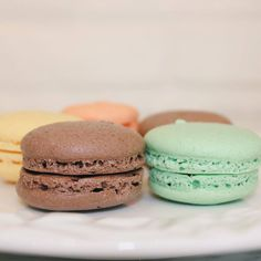 Perfect French Macarons by Dolce et Gateaux