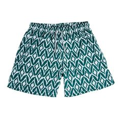 Jungle Jams swim trunks by Kenny Flowers  Mid-length swim trunks    Super soft n' stretchy polyester blend fabric for leisure, performance and comfort    Triple-stitched for durability and strength    Elastic waistband with drawstring closure    Comfy stretch mesh lining for the boys  2 deep side pockets, Velcro back pocketand special inside pocket    Made inColombia