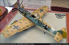 German 1/32 Scale Model