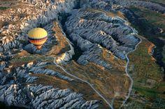 Kapadocja, Turcja    Jeśli chcesz odwiedzić to miejsce, zapraszamy na www.turcja.com.pl Beautiful Places, Hiking, Spaces, Unique, Nature, Travel, Walks, Viajes, Traveling
