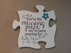 What a unique way to welcome a new baby. Additional puzzle pieces can be added f… What a unique way to welcome a new baby. Additional puzzle pieces can be added for photos, other kids, or whatever is meaningful to your family. Adoption Quotes, Adoption Gifts, Adoption Day, Adoption Baby Shower, Baby Shower Niño, Baby Shower Gifts, Baby Showers, Puzzle Piece Crafts, Puzzle Pieces