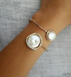 Cuff for bride gold bangle pearl bracelet for sister in law . - Cuff for bride gold bangle pearl bracelet for sister in law - Golden Jewelry, Ruby Jewelry, Tiffany Jewelry, Dainty Jewelry, Simple Jewelry, Jewellery, The Bangles, Gold Bangles, Bangle Bracelets