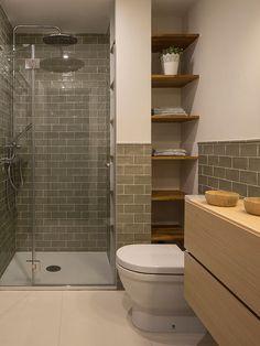 ↗ Optimal Small Master Bathroom Design Inspiring For A Remodeling 25 – Diy Bathroom İdeas Restroom Remodel, Diy Bathroom Remodel, Bathroom Renovations, Small Shower Remodel, Basement Bathroom Ideas, Budget Bathroom, Basement Ideas, Bathroom Design Small, Bathroom Interior Design