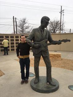 Buddy Holly, Garden Sculpture, Outdoor Decor, Voyage