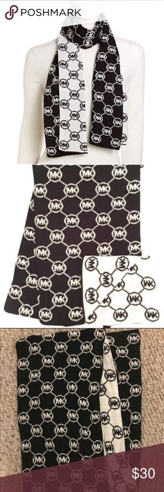 Classic Michael Kors Scarf! Michael Kors black and white signature scarf, perfect for a stylish winter!  Great condition! Michael Kors Accessories Scarves & Wraps