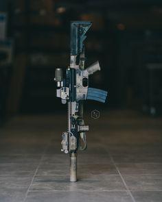 Camo Guns, Tactical Pen, Gun Art, Armor Concept, Assault Rifle, Firearms, Shotguns, Black Art, Airsoft