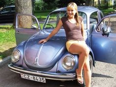 Best classic cars and more! Volkswagen Models, Vw Volkswagen, Van Vw, Kdf Wagen, Bus Girl, Vw Vintage, Vw Cars, Buggy, Car Girls