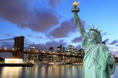 """Se você olhar de perto, Nova York não é uma cidade tão cara quanto parece. É possível visitar grandes museus e curtir atrações turísticas sem gastar quase nada. A CI Intercâmbio e Viagens elaborou um roteiro para curtir uma semana inteira na Big Apple gastando até US$ 10 por dia. E o melhor, com refeições...<br /><a class=""""more-link"""" href=""""https://viagem.catracalivre.com.br/brasil/mundo-viagem/indicacao/passeios-em-nova-york-com-apenas-us-10-por-dia/"""">Continue lendo »</a>"""