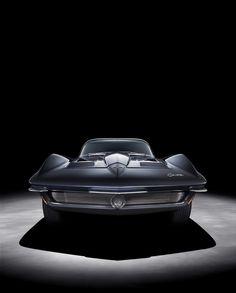 :: 1961 Corvette Mako Shark concept car