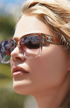 Allow yourself to enjoy alluring discounts and premium solutions all in one shop #Ray-Ban #Rayban #Sunglasses