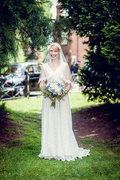 The Bride arriving at Haseley Church for a midsummer wedding
