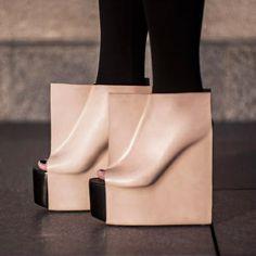 Rectangle-shoes-by-maria-nina-vaclavek