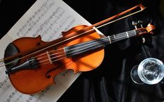 Free download violin picture, 1920x1200 (398 kB)