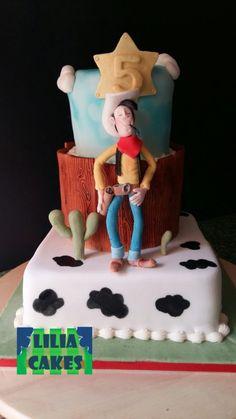 Lucky Luke cake, I hope you like❤😜❤ Western Cakes, Cowboy Cakes, Dalton Lucky Luke, 2nd Birthday, Pasta, Sweets, Vegan, Cookies, Desserts