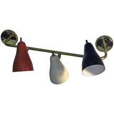 Great Lightolier Mid-Century Three Enameled Metal Shade Light Sconce
