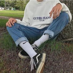 Guess jeans outfit ootd denim jeans vans nike socks sweater 2019 Guess jeans outfit ootd denim jeans vans nike socks sweater The post Guess jeans outfit ootd denim jeans vans nike socks sweater 2019 appeared first on Denim Diy. Hip Hop Outfits, Mode Outfits, Retro Outfits, Jean Outfits, Trendy Outfits, Vintage Outfits, Guy Outfits, Fresh Outfits, Vintage Vans