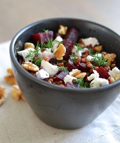 Beet, lentil, goat cheese and walnut salad - Pretty Good Cooking Pureed Food Recipes, Veggie Recipes, Real Food Recipes, Salad Recipes, Vegetarian Recipes, Healthy Recipes, Drink Recipes, Dinner Recipes, I Love Food