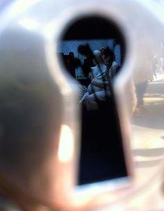 Keyhole-view