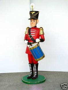 TIN SOLDIER CHRISTMAS NUTCRACKER DRUMMER STATUE 5.5 FT