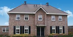 Klassieke woning bouwen   Selekthuis vertaalt uw wensen New Homes, Cabin, House Styles, Twins, Home Decor, House, Decoration Home, Room Decor, Cabins