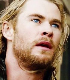 Loki Laufeyson, Snowwhite And The Huntsman, Glamour Pics, Hemsworth Brothers, Chris Hemsworth Thor, Character Aesthetic, Chant, Asgard, Marvel Avengers