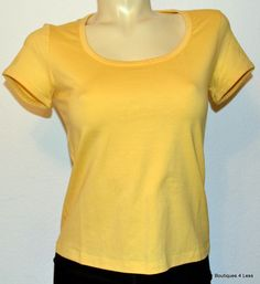 St John Sport Marie Gray Tops Yellow White Basic Tee Shirt SZ Petite Retail $185  Ours 4 Less $55