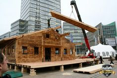 Bau des Dachs  #Alpenzauber #Köln #MediaPark