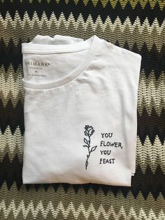 Harry Styles Woman Shirt - cotton t-shirt with printed lyrics by Harry Styles great song woman unisex model hand printed - Harry Styles Ropa, Harry Styles T Shirt, Harry Styles Clothes, Harry Styles Tattoos, Custom Clothes, Diy Clothes, Diy Camisa, Style Lyrics, Lyric Shirts