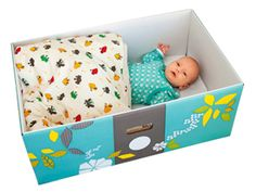 The newest thing in baby safe baby cribs. Great idea not only safe but cost efficient and portable! Baby Box, Second Baby, Good Parenting, Baby Safe, Simple Gifts, Baby Bumps, Learning Activities, Kids Playing, Baby Gifts