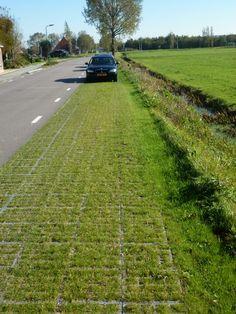 Green parking Heeg