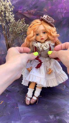 Doll With Hair, Art Doll Tutorial, Fabric Doll Pattern, Doll Videos, Cheap Dolls, Doll Painting, Polymer Clay Dolls, Old Dolls, Fairy Dolls