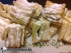 Érdekel a receptje? Kattints a képre! Küldte: Kiss Mária Hungarian Recipes, Camembert Cheese, Ale, Dairy, Meat, Food, Ales, Meals, Yemek