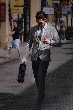 Somebody is elegant to day