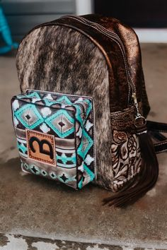 Cute Country Outfits, Southern Outfits, Cowgirl Style, Cowgirl Outfits, Western Style, Leather Tooling, Leather Hats, Leather Handbags, Custom Purses