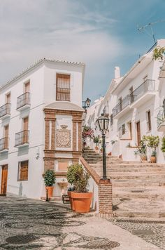 18 Beautiful Villages And Towns In Spain To Visit . - 18 Beautiful Villages And Towns In Spain To Visit travel 18 Beautiful - Europe Destinations, Holiday Destinations, The Places Youll Go, Places To Visit, Voyage Europe, Belle Villa, Beautiful Places To Travel, Travel Aesthetic, Dream Vacations