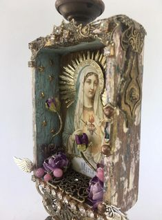Mixed Media Boxes, Mixed Media Collage, Collage Art, Assemblage Kunst, Metal Wings, Altered Art, Altered Tins, Altered Books, Glass Flowers