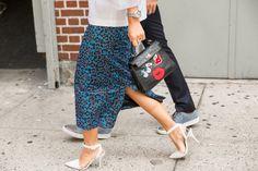 Pin for Later: It-Bags, Shoe Porn und all' die anderen coolen Accessoires der New York Fashion Week Accessoires Street Style bei der New York Fashion Week Hermès Tasche