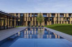 Bei der Gliederung des Hotelkomplexes orientierten sich die Architekten an einem Kloster